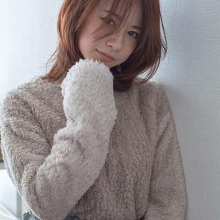 冬カラー ナチュラル オフィス 大人かわいい ヘアスタイルや髪型の写真・画像