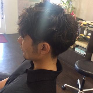 メンズスタイル ショート ナチュラル メンズパーマ ヘアスタイルや髪型の写真・画像