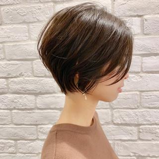 ナチュラル オフィス アンニュイほつれヘア 簡単ヘアアレンジ ヘアスタイルや髪型の写真・画像