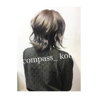 アッシュ パープル ロブ ナチュラル ヘアスタイルや髪型の写真・画像