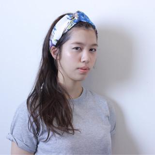 ヘアアレンジ バンダナ ショート ナチュラル ヘアスタイルや髪型の写真・画像