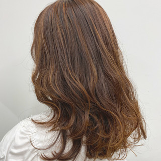 春 モテ髪 フェミニン オレンジカラー ヘアスタイルや髪型の写真・画像