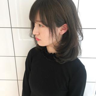 ミディアム かわいい 小顔 ゆるふわ ヘアスタイルや髪型の写真・画像 ヘアスタイルや髪型の写真・画像