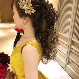 セミロング おしゃれさんと繋がりたい 結婚式髪型 大人かわいい ヘアスタイルや髪型の写真・画像