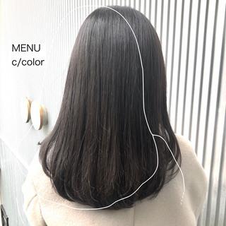 セミロング ストレート ナチュラル 前髪 ヘアスタイルや髪型の写真・画像