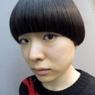 マッシュ ボブ 黒髪 モード ヘアスタイルや髪型の写真・画像