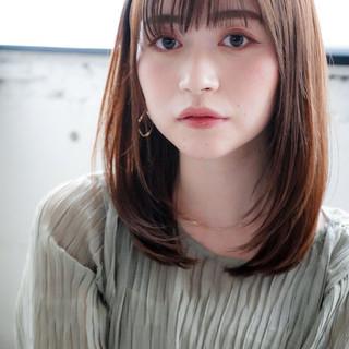 ミディアム 毛先パーマ アンニュイほつれヘア ワンカール ヘアスタイルや髪型の写真・画像