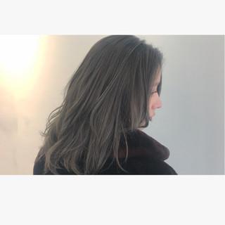 ニュアンス ストリート アッシュ フリンジバング ヘアスタイルや髪型の写真・画像