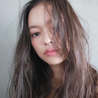 ラフ ウェーブ セミロング パーマ ヘアスタイルや髪型の写真・画像