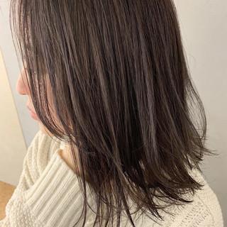 ミディアム ラベンダー ラベンダーグレージュ ラベンダーカラー ヘアスタイルや髪型の写真・画像 ヘアスタイルや髪型の写真・画像