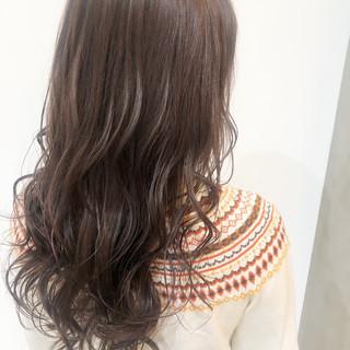 外国人風カラー 西海岸風 バレイヤージュ デート ヘアスタイルや髪型の写真・画像