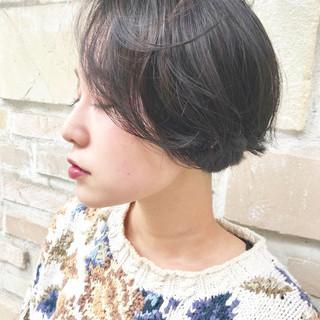 ハンサムショート ナチュラルベージュ ガーリー ナチュラル可愛い ヘアスタイルや髪型の写真・画像