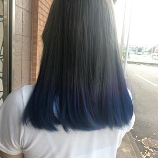 セミロング グラデーションカラー ストリート ハイトーンカラー ヘアスタイルや髪型の写真・画像