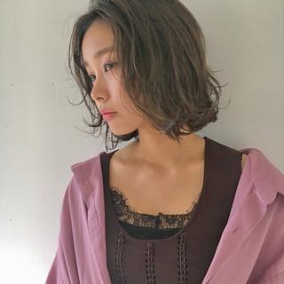 デート 冬 透明感 ミディアム ヘアスタイルや髪型の写真・画像