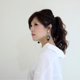 フェミニン おフェロ ウェーブ アンニュイ ヘアスタイルや髪型の写真・画像