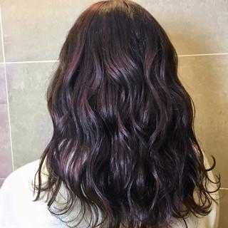 ミディアム ガーリー ブリーチ デート ヘアスタイルや髪型の写真・画像
