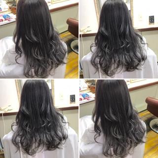アッシュ ダブルカラー 透明感 ロング ヘアスタイルや髪型の写真・画像