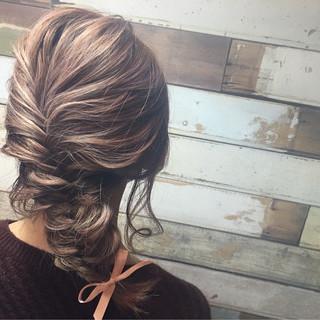 ルーズ 簡単ヘアアレンジ 大人女子 ヘアアレンジ ヘアスタイルや髪型の写真・画像