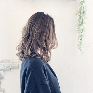 エアータッチ フェミニン バレイヤージュ 外国人風カラー ヘアスタイルや髪型の写真・画像