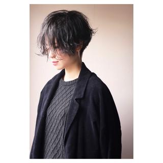 ショート 刈り上げ モード レディース ヘアスタイルや髪型の写真・画像