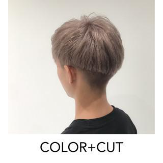 ブリーチ必須 ブリーチオンカラー ショート ホワイトブリーチ ヘアスタイルや髪型の写真・画像