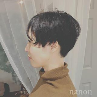 ショート モード オフィス 黒髪 ヘアスタイルや髪型の写真・画像