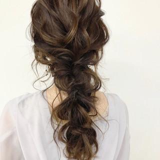 大人かわいい ヘアアレンジ ナチュラル アンニュイほつれヘア ヘアスタイルや髪型の写真・画像 ヘアスタイルや髪型の写真・画像