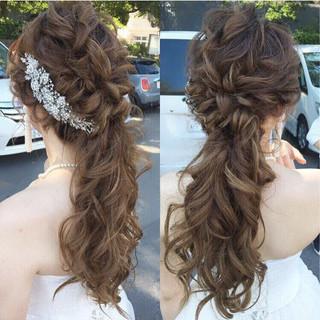 ロング ナチュラル ヘアアレンジ 結婚式 ヘアスタイルや髪型の写真・画像