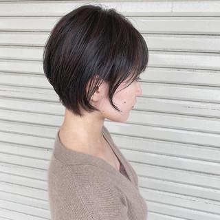 ショートヘア ベージュ ショート 大人かわいい ヘアスタイルや髪型の写真・画像