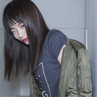 黒髪が似合う芸能人風ヘアスタイルをお手本にしよう!
