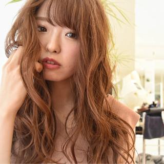 フェミニン ゆるふわ 大人かわいい パーマ ヘアスタイルや髪型の写真・画像