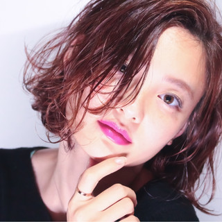 外国人風カラー 外ハネ ボブ ショート ヘアスタイルや髪型の写真・画像 ヘアスタイルや髪型の写真・画像