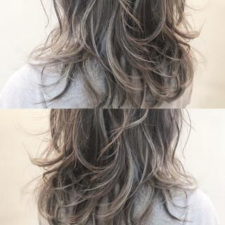 ハイライト 秋 グレージュ ミディアム ヘアスタイルや髪型の写真・画像