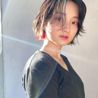 インナーカラー ミニボブ モード ショートボブ ヘアスタイルや髪型の写真・画像