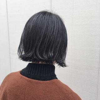 外ハネ 切りっぱなし ボブ モード ヘアスタイルや髪型の写真・画像