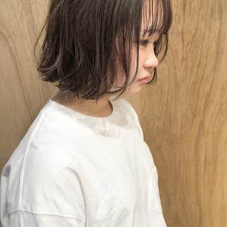 ハンサムショート ショートボブ ガーリー 切りっぱなしボブ ヘアスタイルや髪型の写真・画像