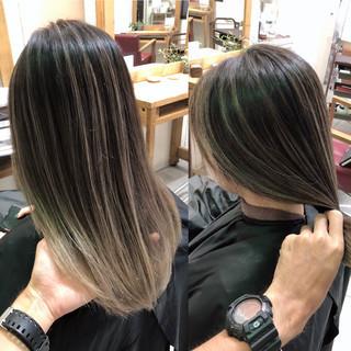 バレイヤージュ ブリーチ 3Dハイライト ナチュラル ヘアスタイルや髪型の写真・画像