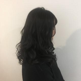 セミロング 暗髪 就活 ナチュラル ヘアスタイルや髪型の写真・画像