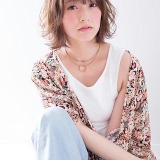 レイヤーカット モテ髪 大人かわいい ナチュラル ヘアスタイルや髪型の写真・画像
