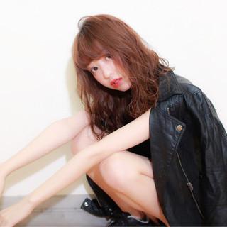 モード ミディアム 前髪あり セミロング ヘアスタイルや髪型の写真・画像