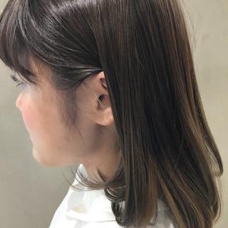 アッシュ グラデーションカラー 外国人風 ブラウン ヘアスタイルや髪型の写真・画像