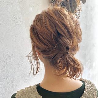 パーマ ヘアアレンジ スポーツ フェミニン ヘアスタイルや髪型の写真・画像