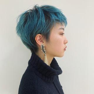 ショート ストリート マッシュショート ターコイズブルー ヘアスタイルや髪型の写真・画像