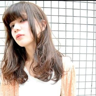 外国人風 セミロング ストリート ハイライト ヘアスタイルや髪型の写真・画像