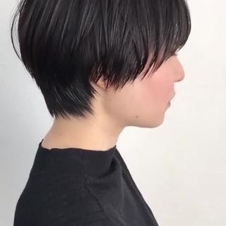 ショート ナチュラル 小顔ショート マッシュショート ヘアスタイルや髪型の写真・画像 ヘアスタイルや髪型の写真・画像