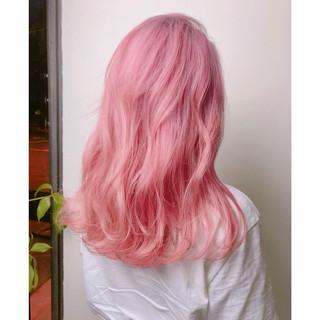 簡単ヘアアレンジ ピンク ベージュ セミロング ヘアスタイルや髪型の写真・画像