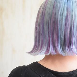 ユニコーンカラー インナーカラー ピンクバイオレット ガーリー ヘアスタイルや髪型の写真・画像
