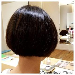 前下がりボブ ノースタイリング モード ボブ ヘアスタイルや髪型の写真・画像