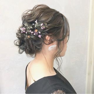 セミロング 結婚式 エレガント シニヨン ヘアスタイルや髪型の写真・画像