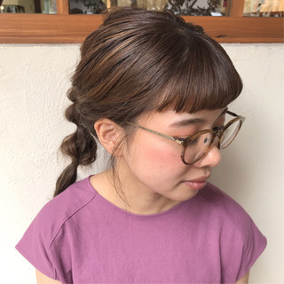 オリーブベージュ ナチュラル 簡単ヘアアレンジ ロング ヘアスタイルや髪型の写真・画像